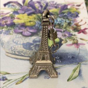 Eiffel Tower key chain petite NEW